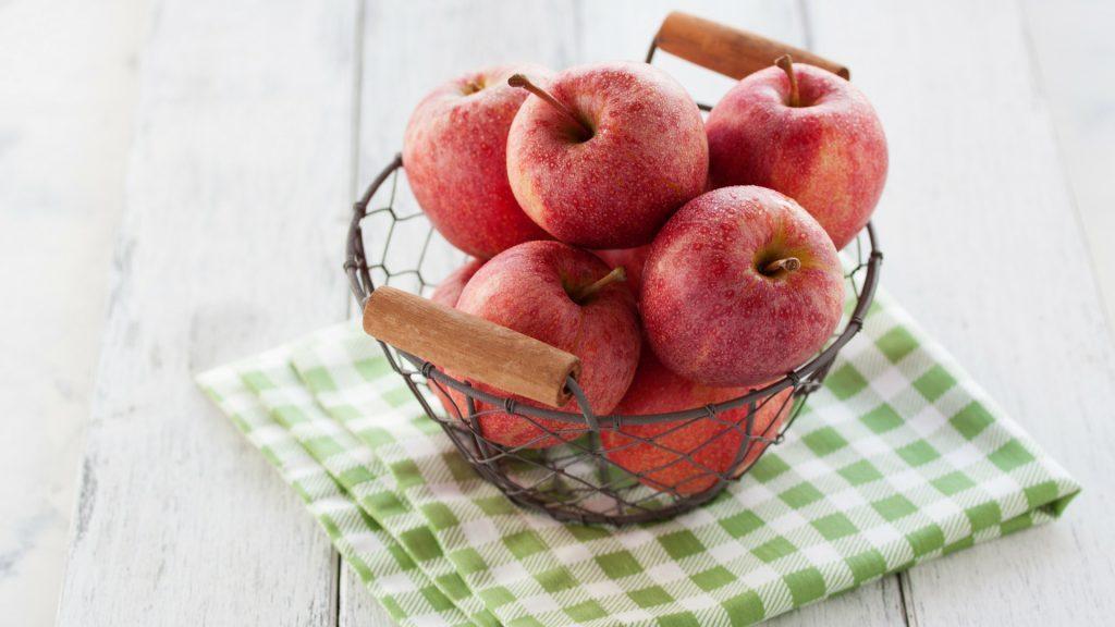 kosze druciane przechowywanie owoców