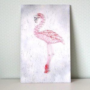 Obraz flaming string art - rękodzieło